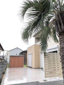 深谷市内 ココスヤシ植栽 タイルテラス・ブリッジングライト・アーバンフェンス施工