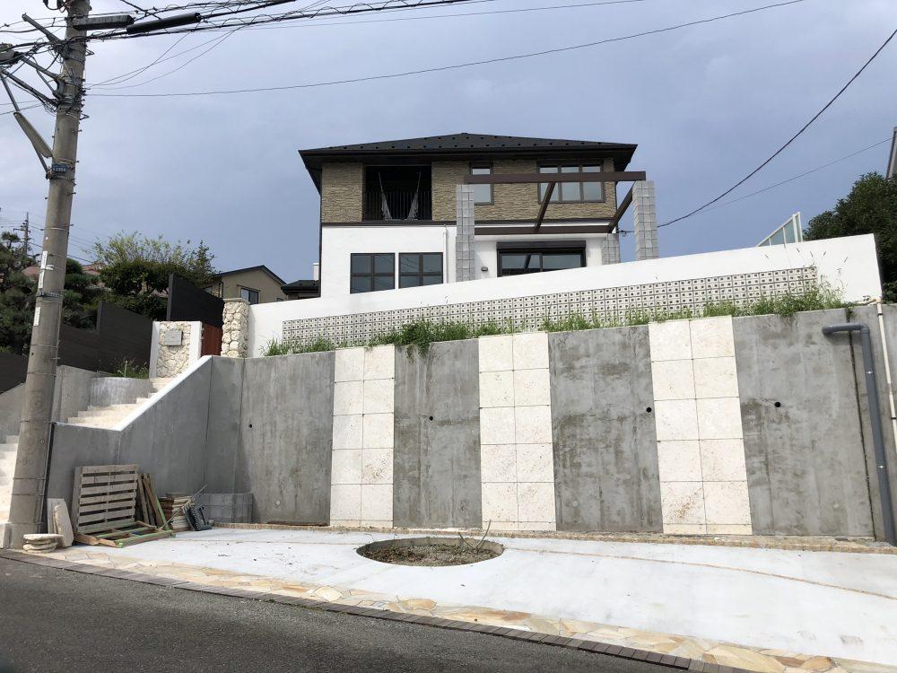 東京都町田市内 ココスヤシ3本・ソテツ植栽