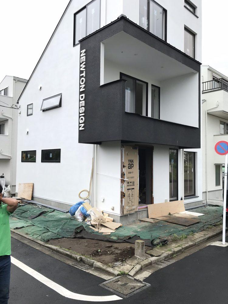 世田谷区内 ココスヤシ植栽